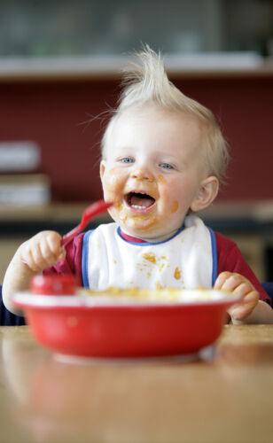 Hilfreiche Tipps, damit Ihrem Baby Essen Spaß macht