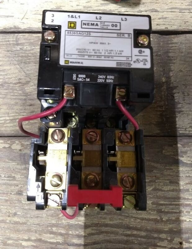 SQUARE D MAGNETIC MOTOR STARTER 8536SAG12S NEMA 00 Good condition