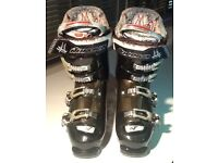 NORDIC SUREFOOT ladies ski boots size ladies UK 7 slim foot. For sale £70