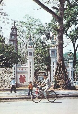alte AK Hanoi - Turm der Schildkröte, Vietnam ungelaufen Ansichtskarte B220f
