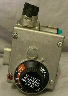 White Rodgers Valve Ap14270g-1  Used 37c73u 836 With Spark Igniter