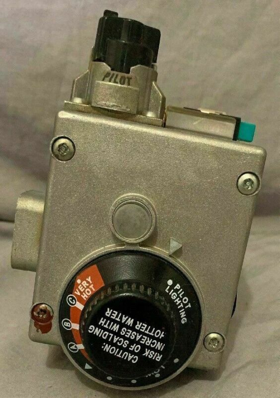 WHITE RODGERS VALVE # AP14270G-1  ( USED ) 37C73U 836 With Spark Igniter