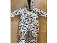 Baby all in one size 12-18mths