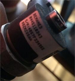 Vauxhall 1.9 diesel fuel injector 0445110243