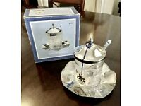 BEAND NEW SHEFFIELD SILVER HONEY POT ON TRAY WITH SPOON