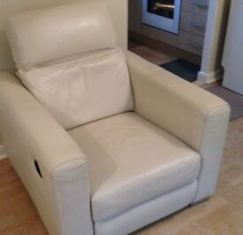 Single Electric Reclining Leather Sofa in Light Cream