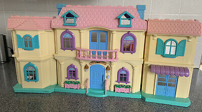 Vintage Dolls House Wonderful Street 1620 Lights And Sounds