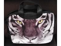 DECORATIVE 15.6 LAPTOP SLEEVE CASE BAG WITH SHOULDER STRAP WITH TIGER PATTERN