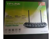 TP-Link Wireless Router - AC750 - GOOD CONDITION