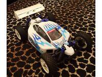RC Nitro Kyosho Inferno 7.5 4WD