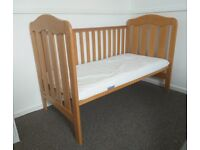 Mamas&Papas oak wood cot with the mattress