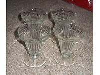 4 X SUNDAE GLASSES