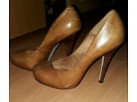 Brown leather Platform high heels Size 5