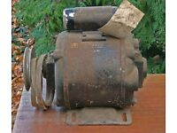 saw bench motor 3/4 or 5/8 Horse power 220 or 110 volt operation