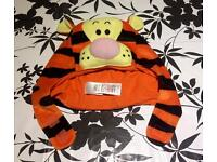 Tigger costume from Winnie the Pooh size 6-8 yrs old Unisex