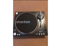 Stanton STR8 150 Direct Drive Turntable