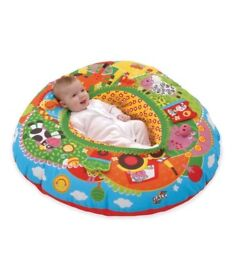GALT baby play nest in perfect condition