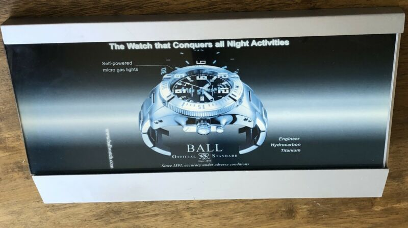 BALL WATCH DISPLAY STAND WITH SLIDE IN PICTURE PROTECTED BY A PLASTIC GLASS