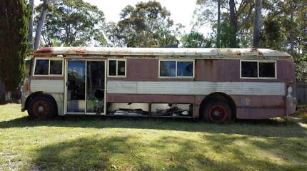 Bus - 1940s AEC Regal Canberra City North Canberra Preview