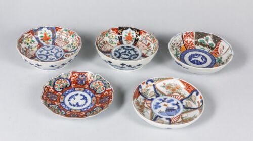 Set of Five 19th-Century Hand Painting Japanese Imari Porcelain Plates