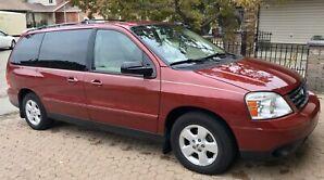 2004 Ford Freestar SES Sport Van - very low mileage