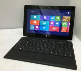 Microsoft Surface RT 10 inch + 2x keyboard and black case
