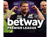 Premier league darts Manchester - Front Table - next to players walk on