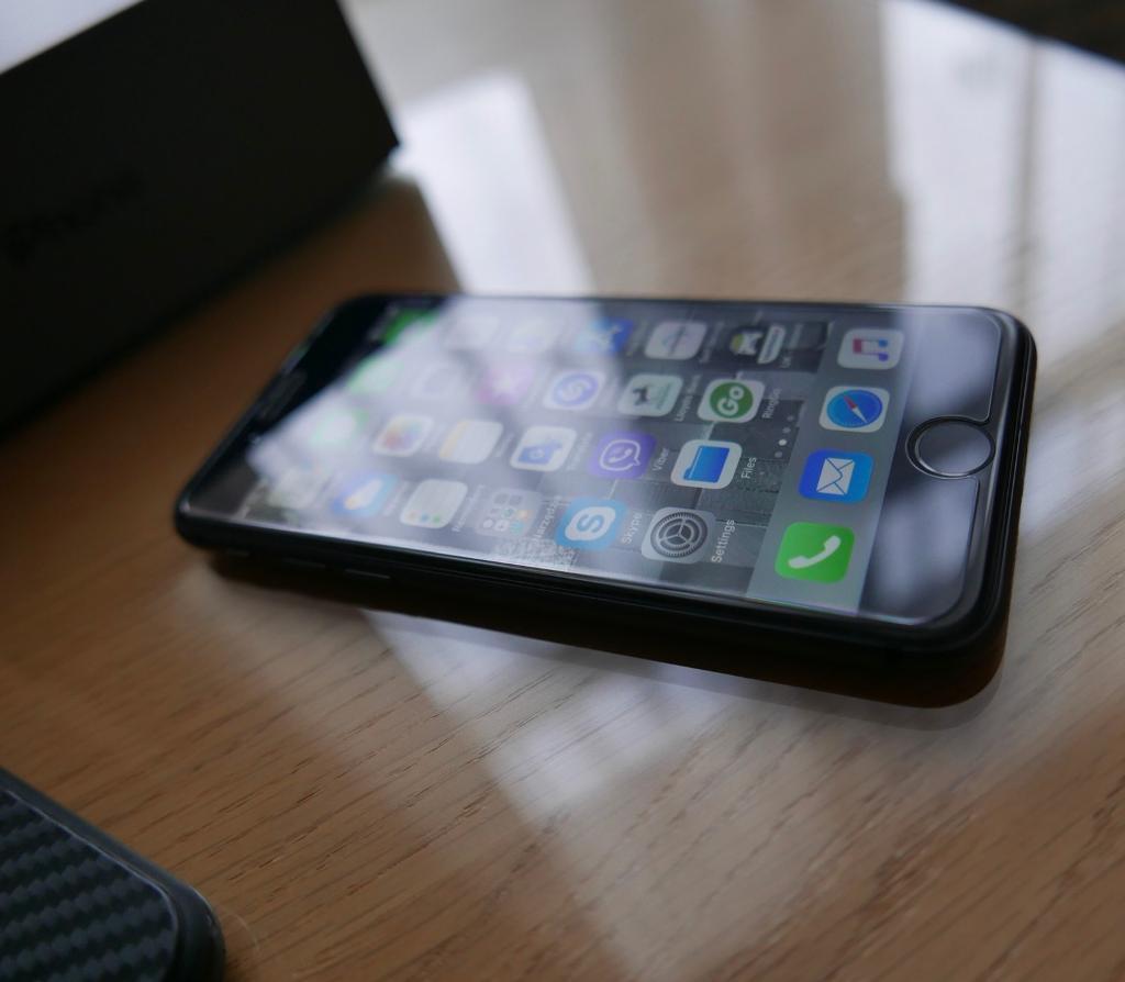 iPhone 8 unlocked mind condition
