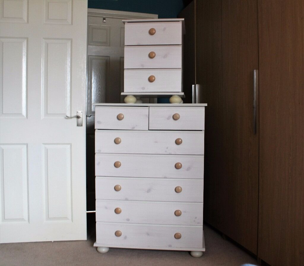 Chest of Drawers and Bedside Cabinetin Swindon, WiltshireGumtree - Chest of Drawers and Bedside Cabinet for sale at a great price and in good condition. Both the drawers and cabinet have a white wood effect. The chest of drawers has five large drawers and two small drawers. The bedside cabinet has three drawers....