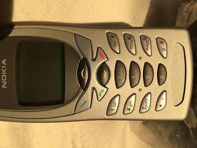 Nokia 8270 (Nokia 8250) - brand new phone, never used - WITHOUT SIM CARD SLOT
