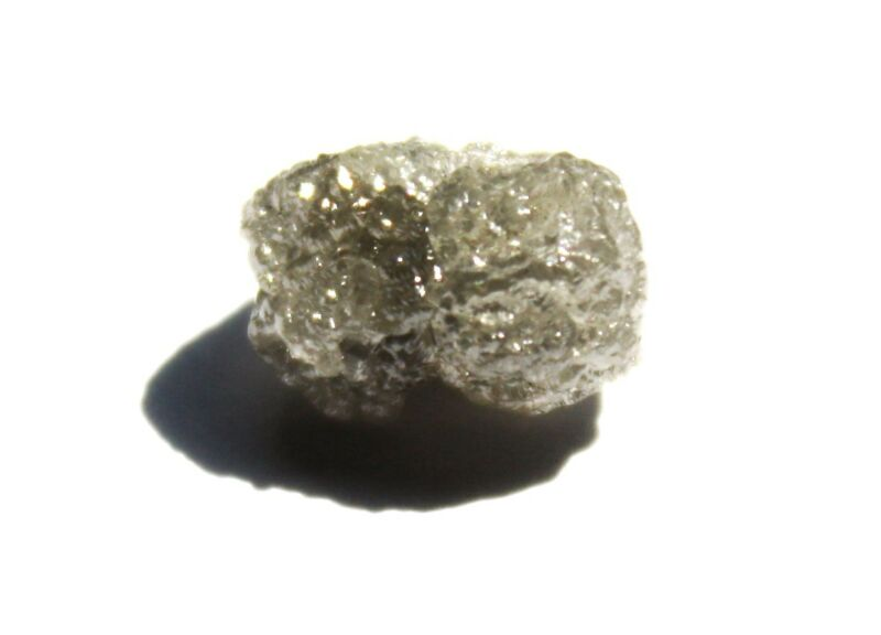 3.57 Carats WHITE/SILVER Natural Uncut Raw ROUGH DIAMONDS