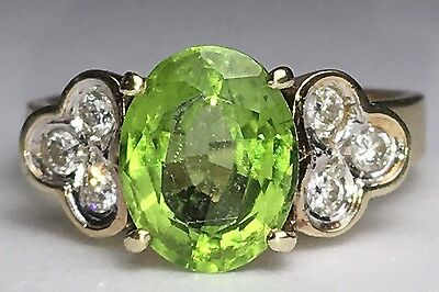 peridot natural Diamond Ring 14k Yellow Gold Oval Vintage Size 7.25
