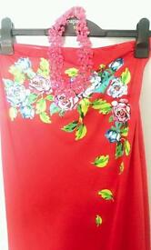 Gorgeous red boobtub summer dress with necklace