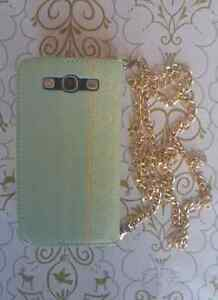 Samsung Galaxy S3 Elegant Wallet Case with Gold Chain West Island Greater Montréal image 2