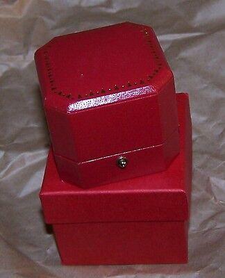 Leatherette Cut Corner (Red Cut Corner Leatherette Ring Token Pin Jewel Coin Display Gift Box Award)