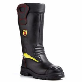 Mens YDS Pluto boots - Size 10 RRP £210