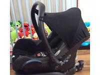 Maxi Cosi cabriofix car seat suitable from birth to 15 months approx rear facing