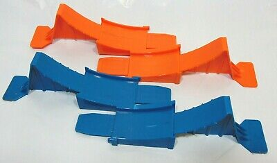 Hot Wheels Workshop Track Builder 1 Orange 1 Blue Track Loop Base Connector Part