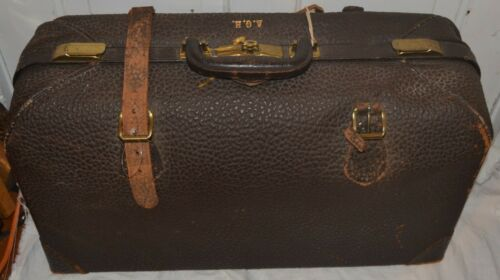 Antique 1926 Leather Milock Suitcase Milwaukee Stamping Co w/ Key Doctors Bag