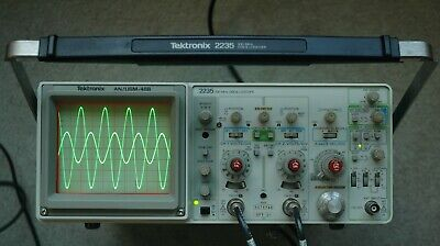 Tektronix 2235 Anusm488 100mhz Two Channel Oscilloscope Two Probes Power Cord