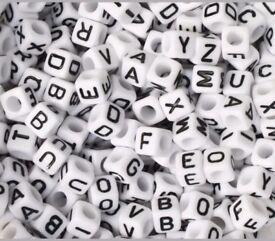 1000 alphabet letters beads