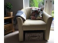 Gorgeous light yellow / cream tub chair, good as new. (East Belfast)