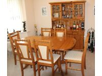 Extending Dining Table & 6 Chairs with matching Dresser in Antique Pine