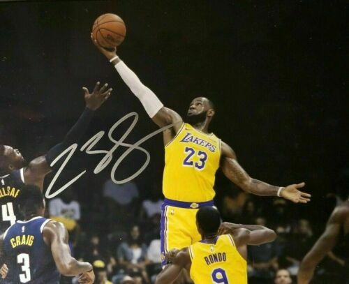LeBron James Los Angeles Lakers Autographed 8 x 10 Glossy Photo Reproduction