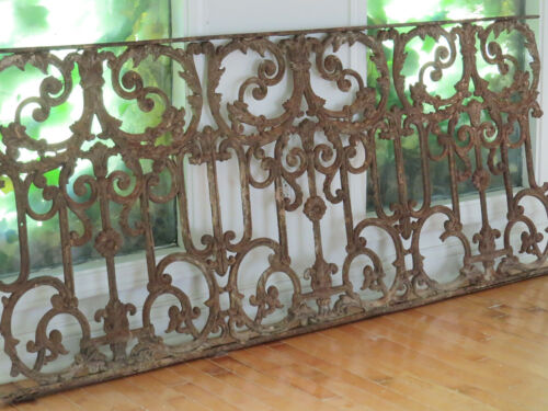 Antique Ornate Rusty Chippy Cast Iron Fence Balcony Garden Railing Panel Section