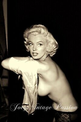 """MARILYN Monroe Topless Removing Satin Negligee 4""""x6"""" Reprint Photo M025"""