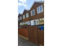 4 Bedroom House to rent in Kennington