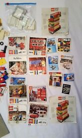 4kg mostly vintage 1970s Lego with instructions/catalogues.