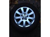 VW Volkswagen 9 spoke 15 inch golf Passat alloy wheel with good 6 man continental tyre mk5 mk6