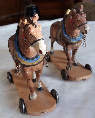 2 Pferde Landwirtschaft auf Rollen Masse Figuren Zugpferde